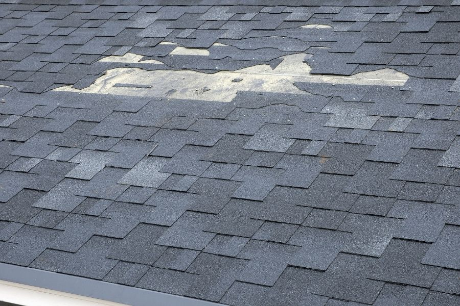 Tips To Help You With Homeowners Insurance Claims for Roofing Damage in Downriver Michigan